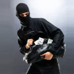 تحذير من صفحات مزورة لـ مكافحة الجريمة و الابتزاز الإلكتروني